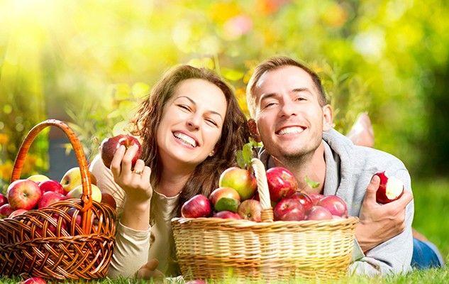 apples pommes couple