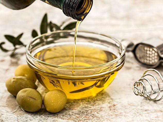 Olive oil compound kills cancer cells