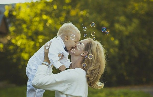 mothers-day-fetes-des-meres-bebe-enfant-maman