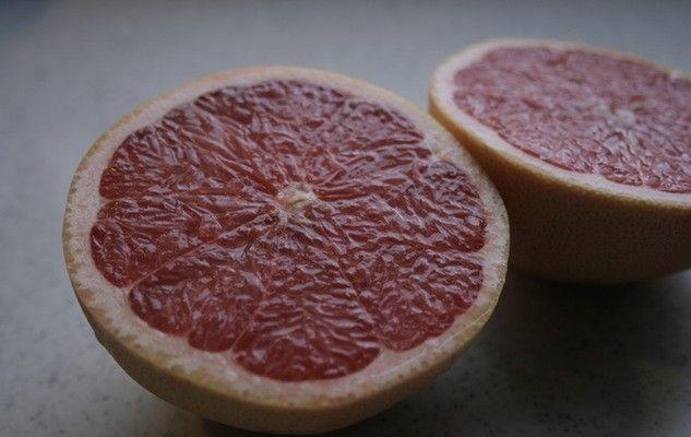 grapefruit-pamplemousse