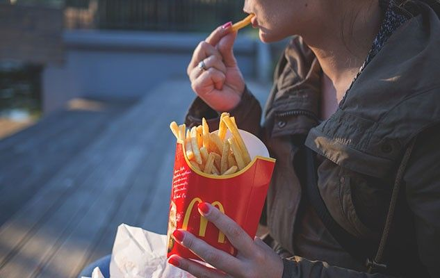eating-fries