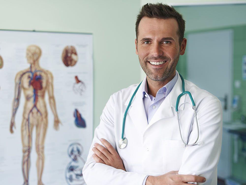 un medecin male doctor