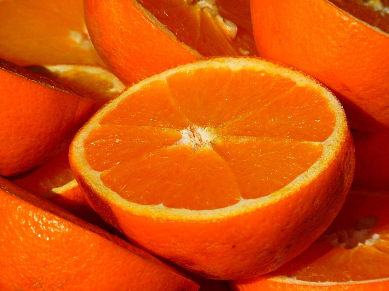 Is an orange of the 1950's equivalent to 21 of today's oranges?