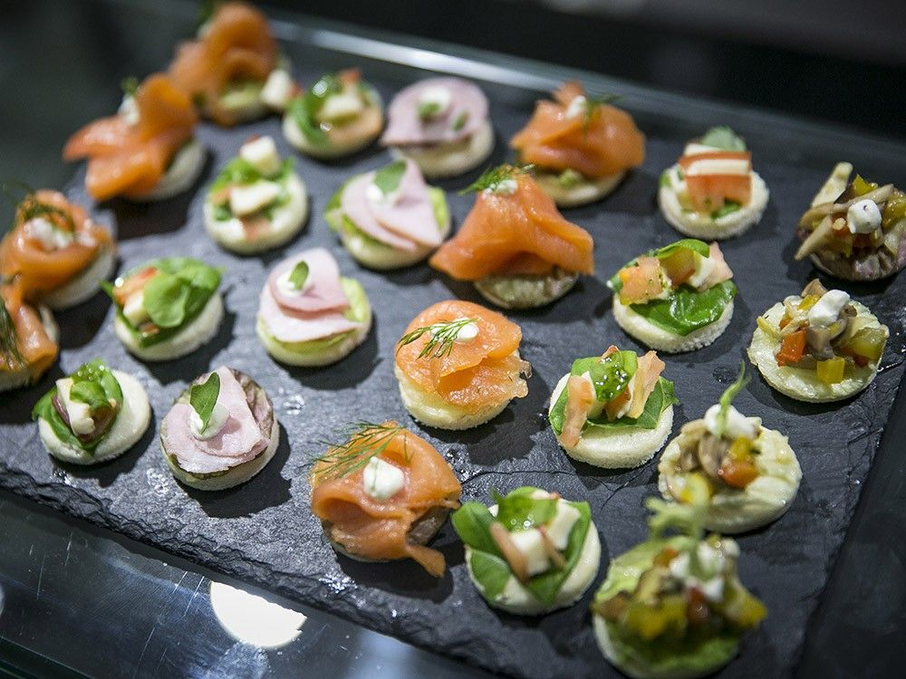 finger food, canapes, appetisers, hors d'oeuvres