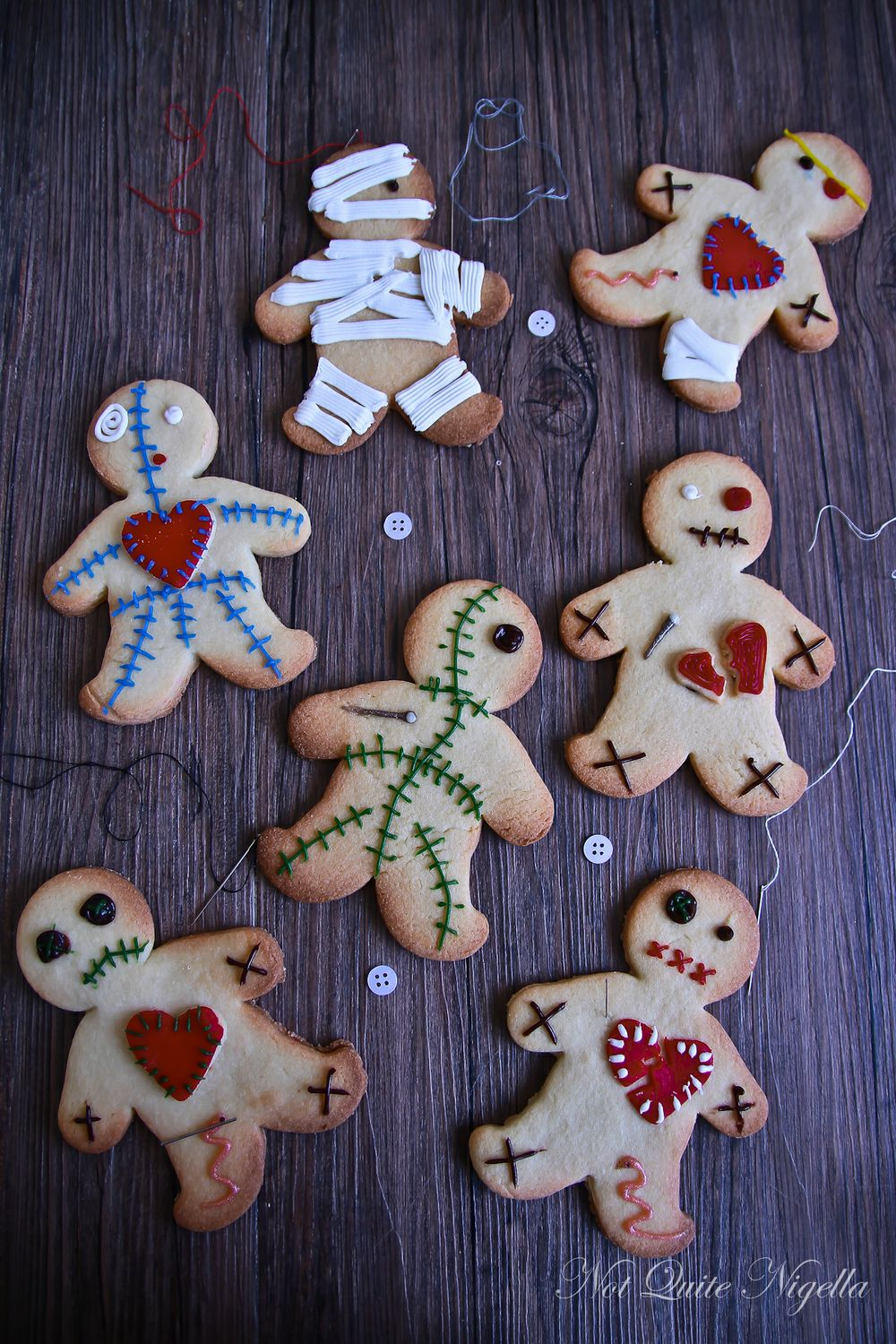 Voodoo Doll Cookies from notquitenigella.com