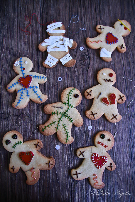 Voodoo Doll Cookies from notquitenigella.com