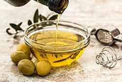 Olive oil compound kills cancer cells