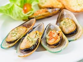 Mussels with Parsley and Parmesan