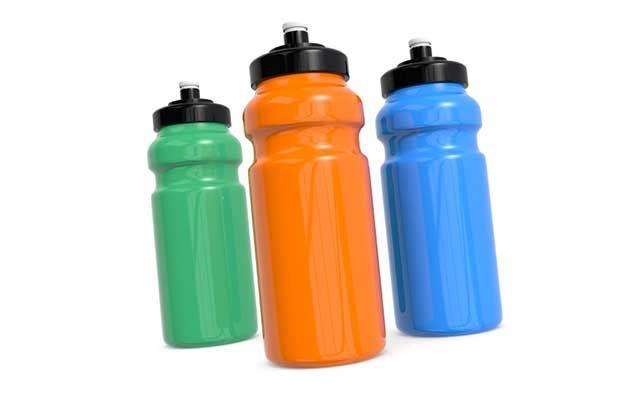 water-bottle-bouteille-eau
