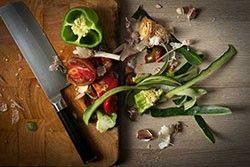 10 «déchets alimentaires» qu'on ne devrait jamais jeter