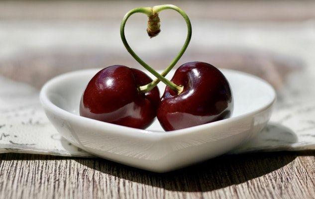 heart coeur fruit cerises cherries