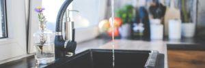 5 semplici espedienti per riuscire a bere più acqua