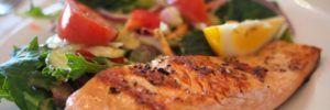 Una nuova dieta povera di carboidrati e ricca di grassi buoni