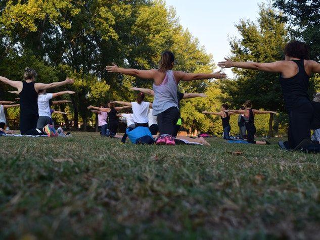 Lo yoga è efficace per ridurre i sintomi del colon irritabile?